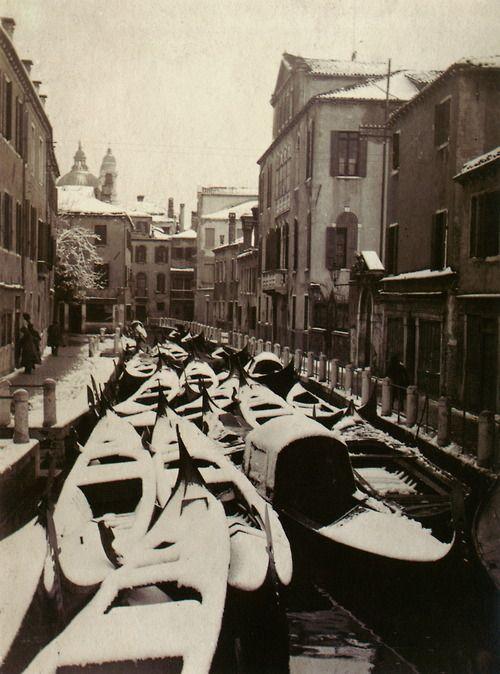 Italian Vintage Photographs ~ #Italy #Italian #vintage #photographs #family #history #culture ~ Venice in winter, Italy, circa 1920