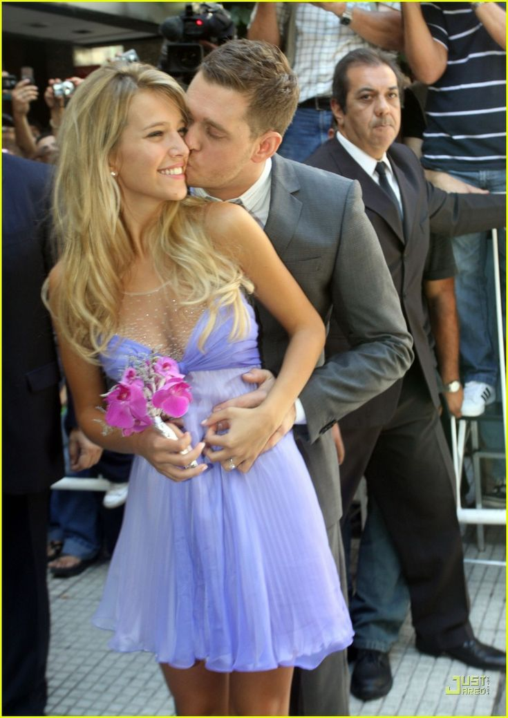Michael Bublé and his wife Luisana Lopilato
