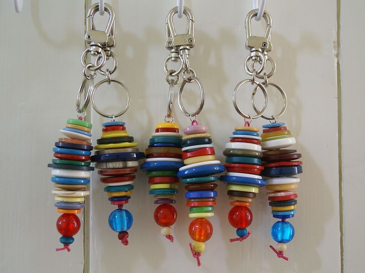 Stacked button keychains