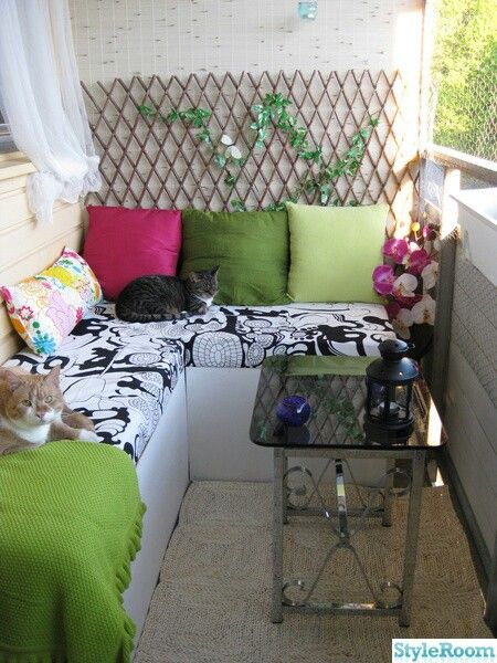 Best 25 Balcony Bench Ideas On Pinterest