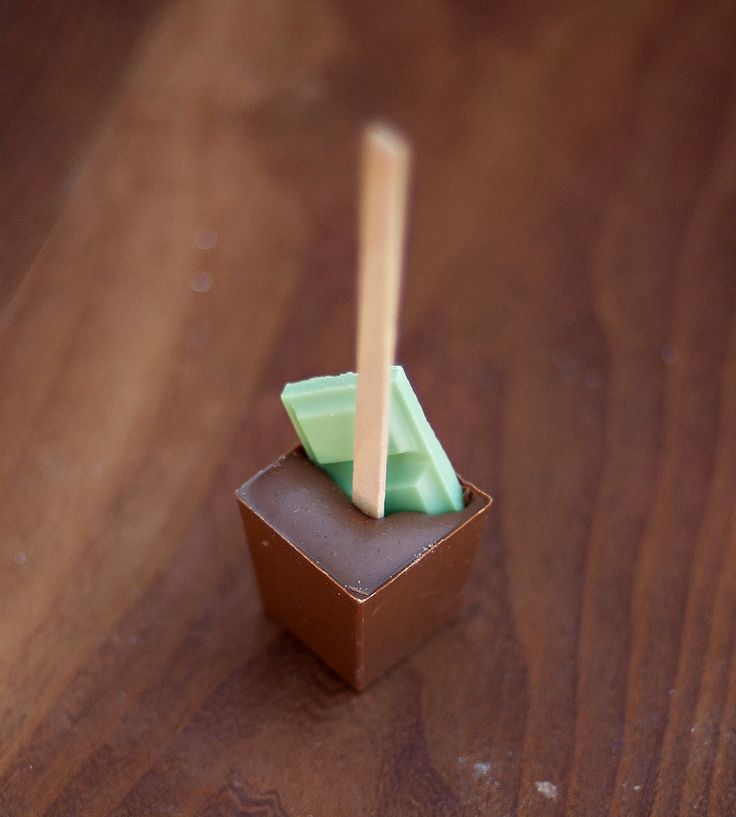 Vanilla Mint Hot Chocolate Sticks