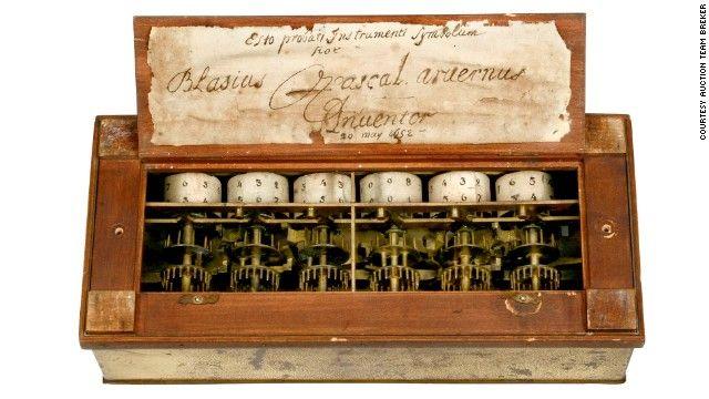 Blaise Pascal menciptakan alat hitung matematika mekanik pertama pada umur 18 tahun. kalkulator mekanikal pertama di namakan Pascaline. Walau cuman bisa pertambahan, pengurangan, perkalian, dan pembagian, itu sudah merupakan kemajuan yang sangat pesat untuk zaman itu. Tapi kalkulator yang dibuat Pascal hanya bisa di perbaiki oleh Pascal sendiri. Secara tidak langsung Pascal telah membantu banyak orang dengan cara menjadikan teknisi untuk membetulkan kalkulator buatan Pascal.
