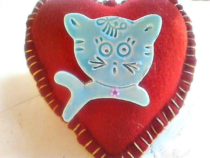 Cat brooch, Ceramic brooch, Animal brooch, Woman brooch, Cat lover jewelry, Woman jewelry, Animal jewelry, Cat collectible, Cat pin, Present summerbeachisland.etsy.com