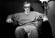 Woody y todo lo demás.: El humor de Woody Allen: reír para no llorar.