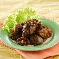 HATI AMPELA GORENG DAUN JERUK http://www.sajiansedap.com/mobile/detail/18689/hati-ampela-goreng-daun-jeruk