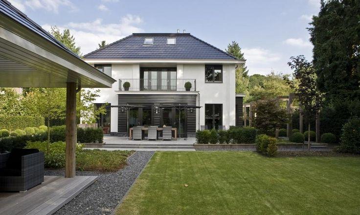 White villa (backside) - www.cortus.nl
