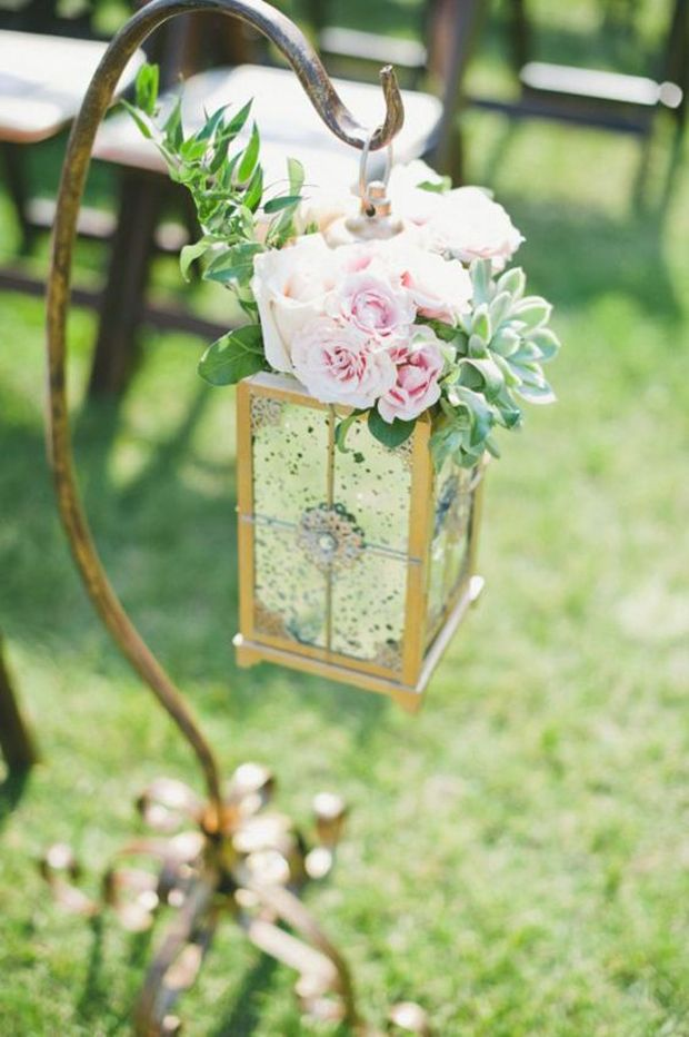 hanging-lantern-shepard-hook-wedding-cereomy-decor