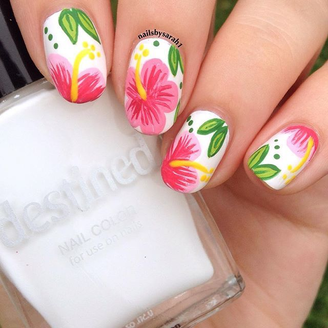 "Hibiscus Nails from my maniswap w/ @nailsbyannaxo Colors used- White- Destined by @tillys ""Coconut Wishes"" Details were done in acrylic paint #hibiscus#hibiscusnails#floral#flralnails#destined#tillys#nails#nailpolish#nail#ignails#whitenails#coconutwishes#nailart#cutenails#easynails#freehand#freehandnailart"