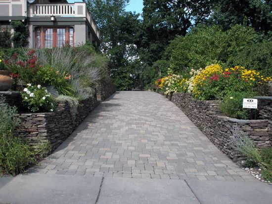 17 Best Ideas About Driveway Design On Pinterest