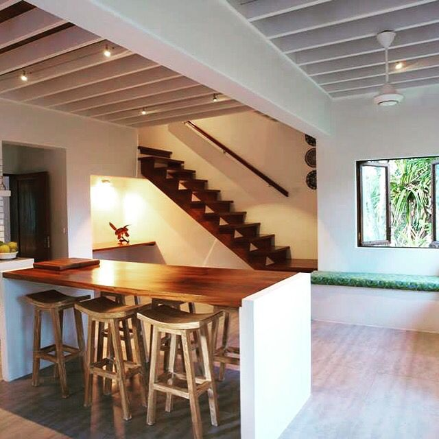 Downstairs in the villa. It is light and breezy ... and looks out across the Pacific ocean...
