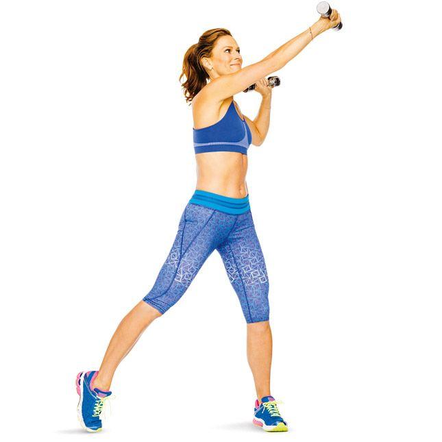 2-Укрепляет мышцы ягодиц и груди, трицепсы, бицепсы и пресс Встаньте, ноги шире плеч. Руки с гантелями разведите в стороны и согните в локтях. Присядьте; встаньте, перенеся вес тела на левую ногу, а правую поставив на носок. Вытяните правую руку вверх и влево. Вернитесь в присед и повторите движения в другую сторону.
