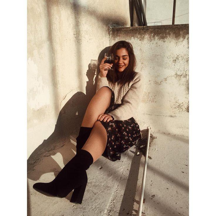 Τζούλι Τσόλκα - Julie Tsolka enjoying winter sun in #MIGATO GW1320 black block heel booties!  Shop link ► bit.ly/GW1320-L14en