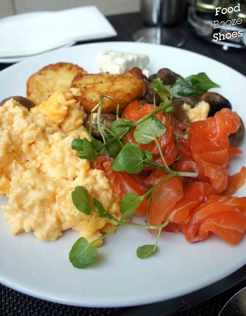 Food, booze and shoes: glass brasserie hilton buffet