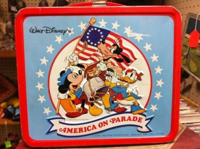 Disney's America on Parade- the Bicentennial box!Lunches Breaking, Bicentennial Boxes, Food, Disney Mickey, Disney America, Patriots, Friends Lunches, Lunches Boxes Because, Vintage Lunches