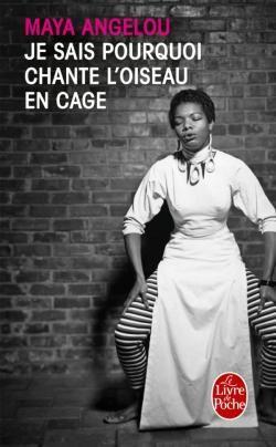 Dans ce récit, considéré aujourd'hui comme un classique de la littérature américaine, Maya Angelou relate son parcours hors du commun, ses débuts d'écrivain et de militante dans l'Amérique des années 1960 marquée par le racisme anti-Noir, ses combats, ses amours. Son témoignage, dénué de la moindre complaisance, révèle une personnalité exemplaire. à la lire, on mesure – mieux encore – le chemin parcouru par la société américaine en moins d'un demi-siècle…