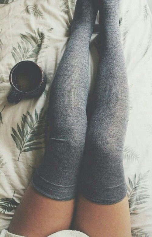 tenue swag chaussette haute. Black Bedroom Furniture Sets. Home Design Ideas