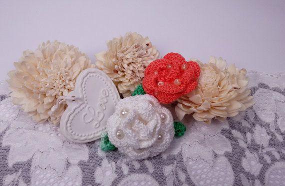 2 crochet roses white rose applique orange rose by Rocreanique on Etsy