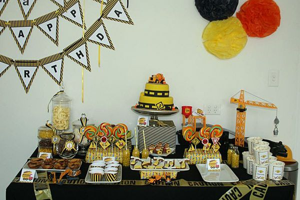 Construction birthday party theme - can see father and son enjoying this one day.