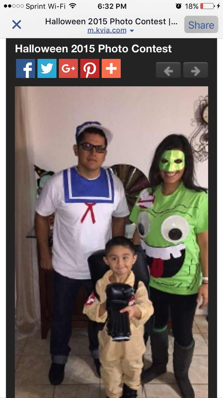 Halloween Ghostbusters costumes slimer, stay puft, buster