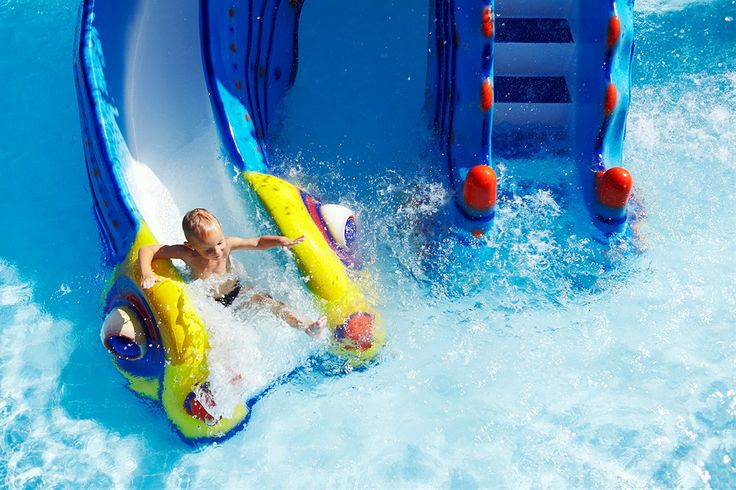 På vores familievenlige hoteller, sørger vi for, at der altid er rigeligt med aktiviteter for dig og din familie, så I kan også nyde ferien og få slappet af :-)