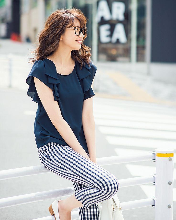 ネイビー&ブルーのトップスを着こなして、好感度アップを狙おう♡   with 2015年7月号   iQON(アイコン)