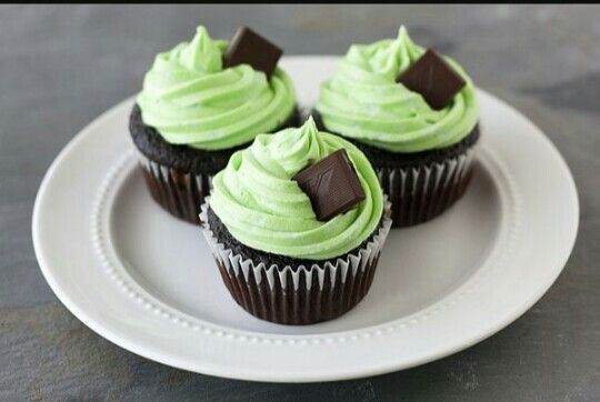 """""""Life is ... as sweet as a cupcake."""""""