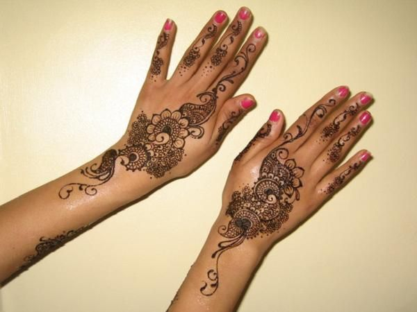 Learn Mehndi Designs for Your Hands and Home - The ...