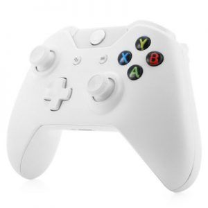 Op zoek naar een extra controller voor jouw Xbox One? Maar de originele toch een beetje te prijzig? Deze Witte Xbox One controller kosten slechts €26!  http://gadgetsfromchina.nl/draadloze-xbo-one-controller-wit/  #Gadgets #Gadget #NewFrog #China #GadgetsFromChina #Xbox #One #XOne #controller #gamepad #white #Cheap #Bargain #gaming #game #play #console #Microsoft #3rdparty #friends #online