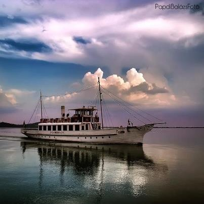 'Helka', arrives in Badacsony #boat, #Balaton, #Badacsony.