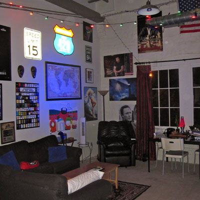 We love this college man cave... Get Preppy College Dorm Room Ideas like this on Uscoop.com!