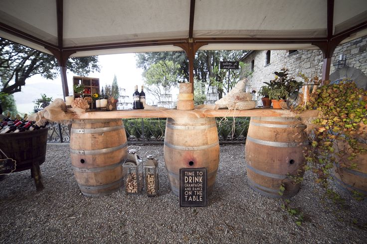 Country Style Buffet in the garden of Castello Vicchiomaggio