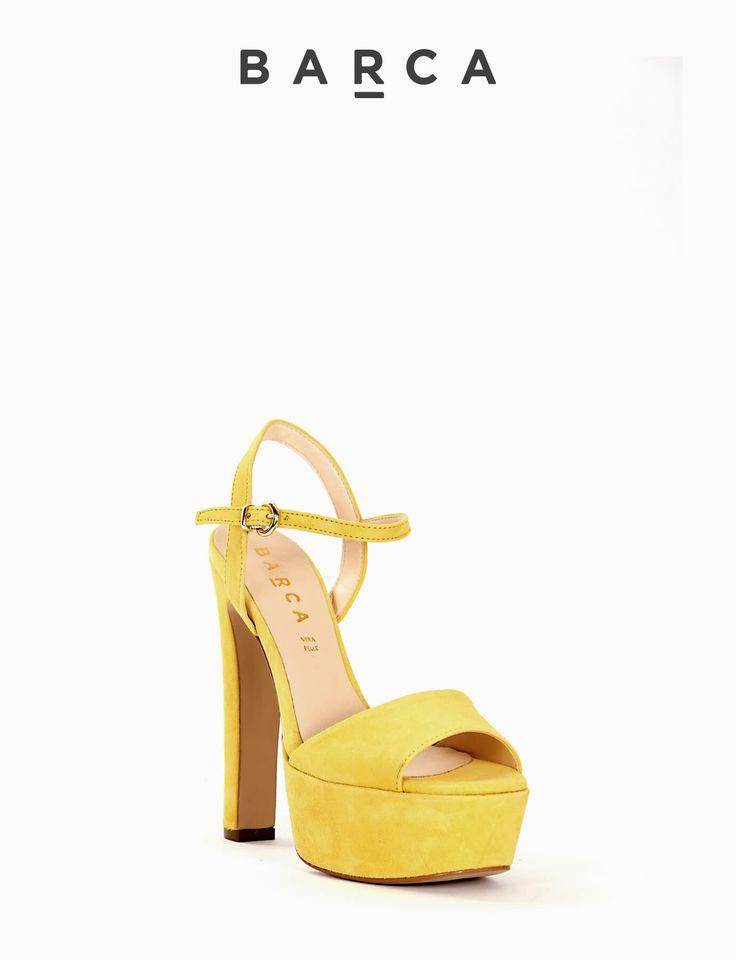 #Sandalo #tacco 120 con plateaux 4 cm, fondo gomma e soletto in vera pelle, morbida tomaia in #camoscio con punta squadrata e tallone aperto, cinturino sulla caviglia regolabile.  COMPOSIZIONE FONDO GOMMA, SOLETTO VERA PELLE  COLORE  #GIALLO  MATERIALE #CAMOSCIO  #heels #sandali #tacchi #fashion #fashionblogger #springsummer #newcollection #nuovacollezione #outfit