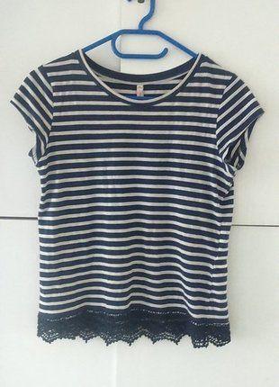 Kup mój przedmiot na #vintedpl http://www.vinted.pl/damska-odziez/koszulki-z-krotkim-rekawem-t-shirty/11591839-bluzka-w-paski-z-koronka-na-dole
