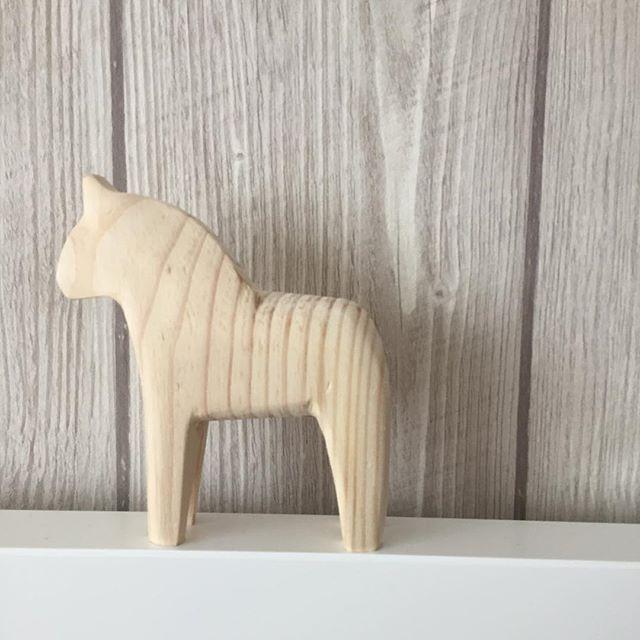 Darf ich vorstellen .. Mein kleiner neuer Freund ✨🙂 #new #ikea #wood #interior4all #design #interior #decoration #home #myhome #deco #living #details #inredning #hem #blogger_de #kiel #loveit #scandinavianhome #scandistyle #hjemkjærehjem #scandinaviandesign #swedish #swedishroots #homedecor #germaninteriorblogger #interör