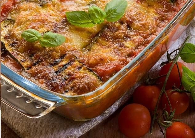 Één van de lekkerste ovenschotels die ik ken en ook nog eens boordevol groenten en dus vitamines! Geïnspireerd door Rudolph van Veen, maar met een compleet...