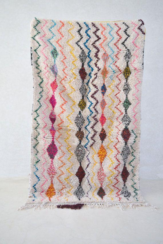 AZILAL. Vintage Moroccan Rug. Wool azilal by theboucherouiteshop