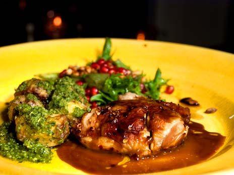 Ugnsstekt kyckling med ketjap manis | Recept.nu