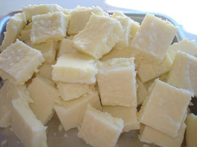 Macio e docinho. Quadradinhos de leite em pó para a sobremesa! - Aprenda a preparar essa maravilhosa receita de Docinho de leite em pó