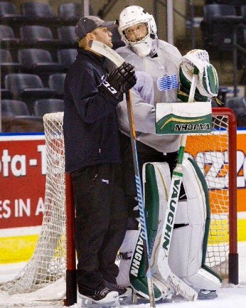 99 hockey tips from pros