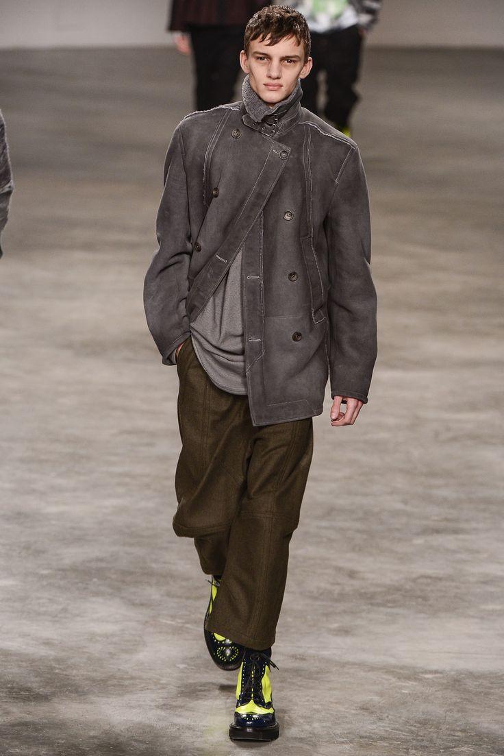John Galliano Fall 2013 Menswear Fashion Show