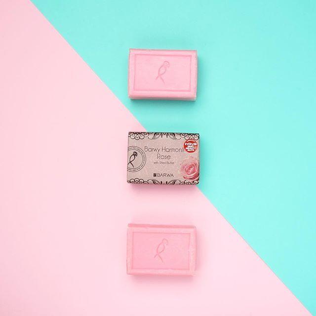 Mydełko różane Barwy Harmonii to nasz bestseller! Często pytacie, gdzie możecie go kupić. Mydełko dostępne jest m.in. w sieci sklepów Rossmann oraz na www.sklep.barwa.com.pl #barwa#barwakosmetyki#barwyharmonii#mydelkorozane