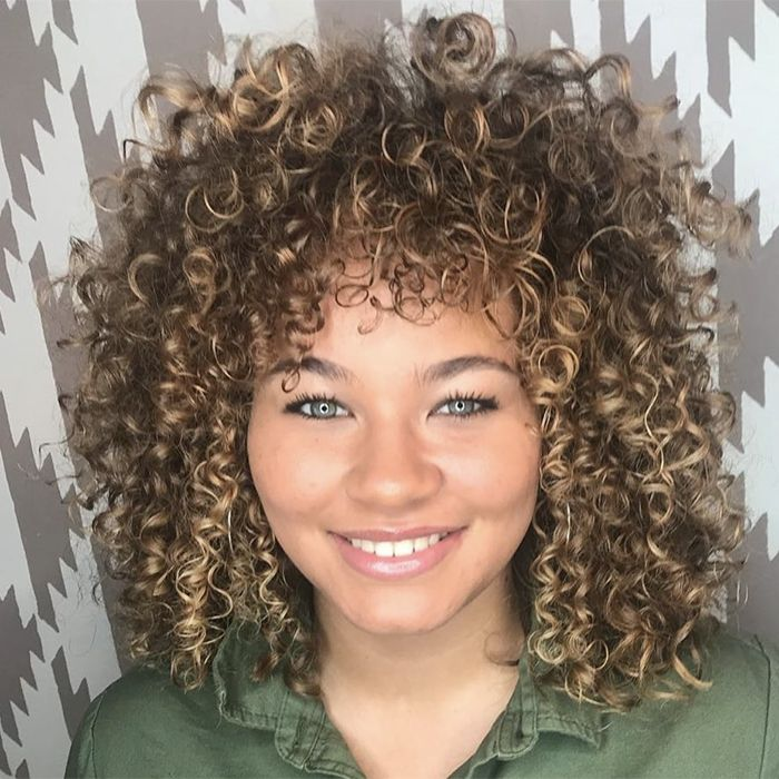 18 Best Haircuts For Curly Hair Curly Hair Styles Naturally Curly Bob Hairstyles Hair Styles