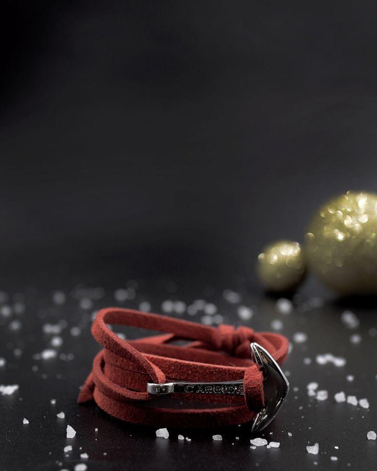 Feliz noche buena marineros. #elregalomássalado #wearyourwrist #wearyourcarrick  #carrick #carrickbracelets #invierno #pulsera #nautica #bracelet #codaste #ancla #plateada #sea #mar #style #ocean #vela #velero #navidad #regalo