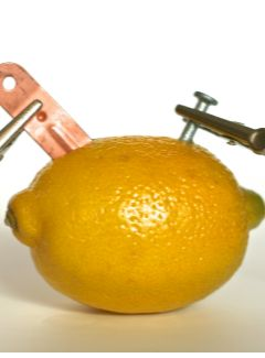 How to make a lemon battery- now this is COOL!