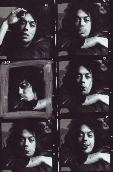 Young Tim Curry=yummmmmm;)
