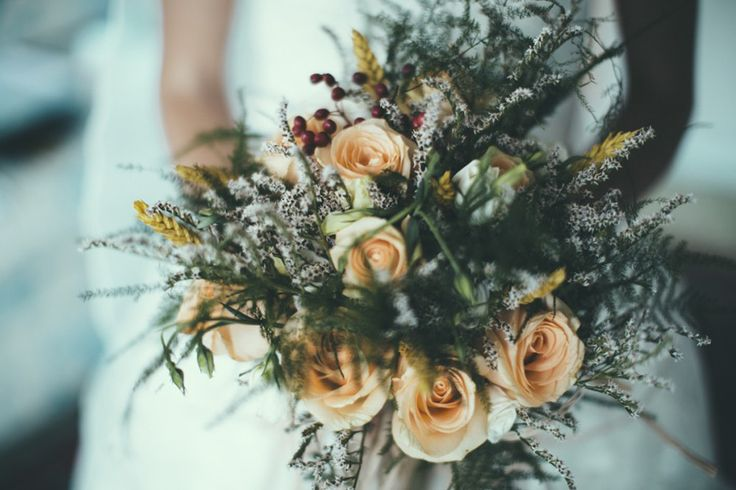 Grey & Peach Rose Bridal Bouquet | Industrial Wedding | Destination Wedding | Italy | Intimate Reception | Images By Maria Bryzhko | http://www.rockmywedding.co.uk/lara-fabio/
