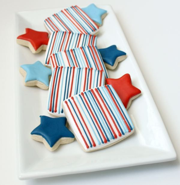 Simple Memorial Day Stripe Cookies