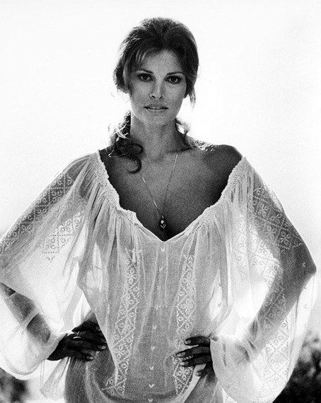 What a great blouse, Raquel! I need one just like it...