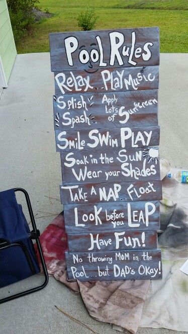 Pool sign...made out of pallets