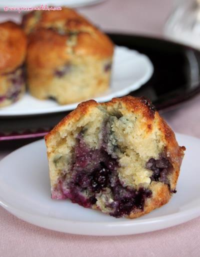 Muffins aux myrtilles et chocolat blanc